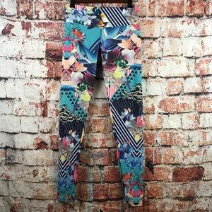Onzie floral succulent working leggings size S/M